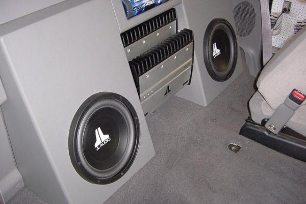 0120F15020Subs-Amp20Rack20A